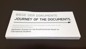 """Wege der Dokumente – Journey of the Documents"""